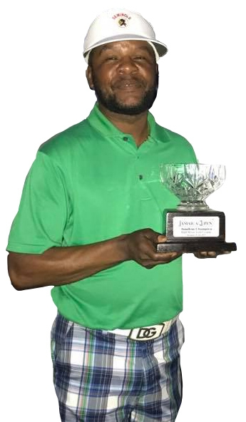 Amateur Winner Owen Samuda with his trophy.